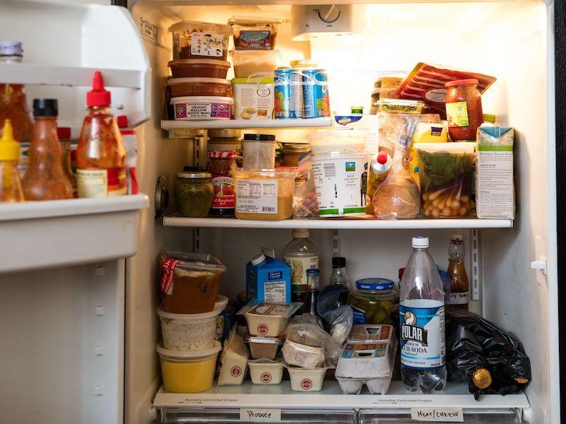 pourquoi nettoyer frigo comment laver un frigo idée entretien simple
