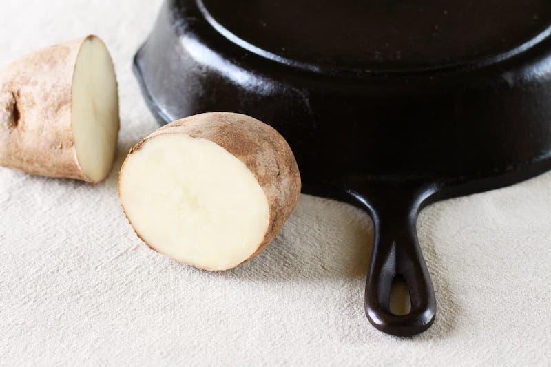 remede naturel enlever rouille sur metal pomme de terre coupée en deux