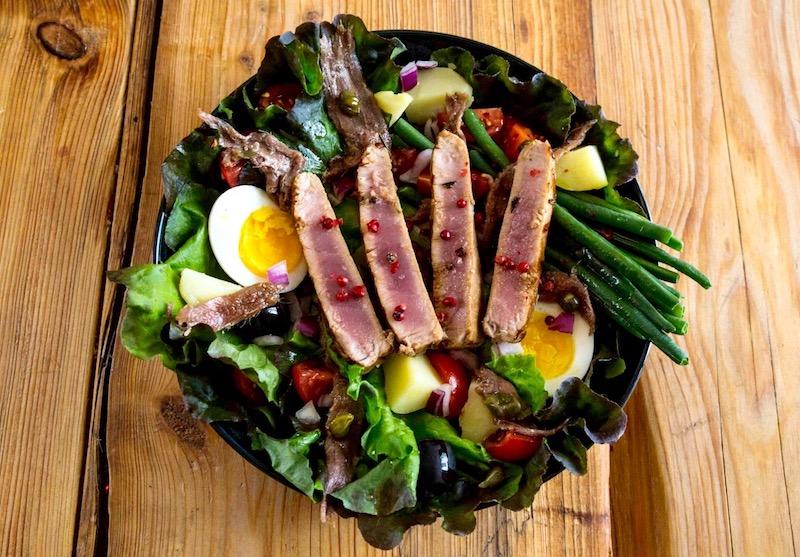 salade niçoise au thon œufs haricots verts salade verte