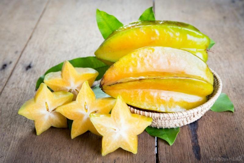 super aliments riches en vitamine c carambole en forme d étoile