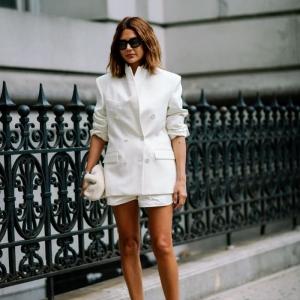Tailleur short pour femme - une tenue, plusieurs styles