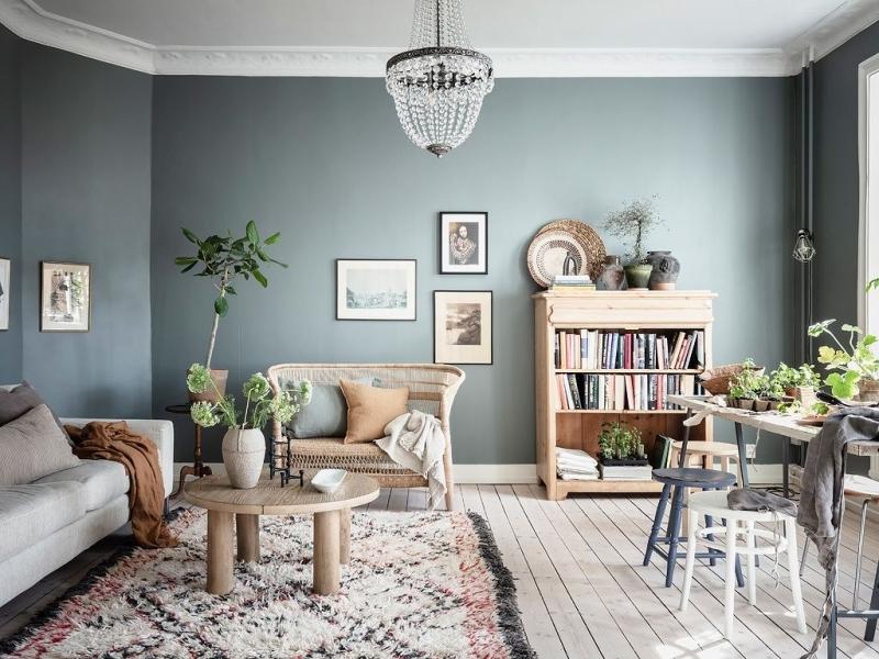 tapis ethnique déco salon cocooning gris peinture vert de gris meubles bois
