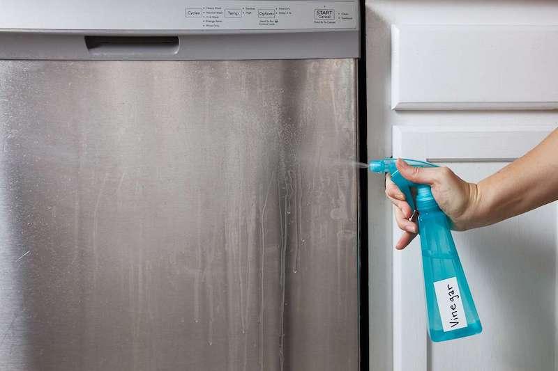 vinigre blanc pour désinfecter le frigo produit nettoyage frigo menager