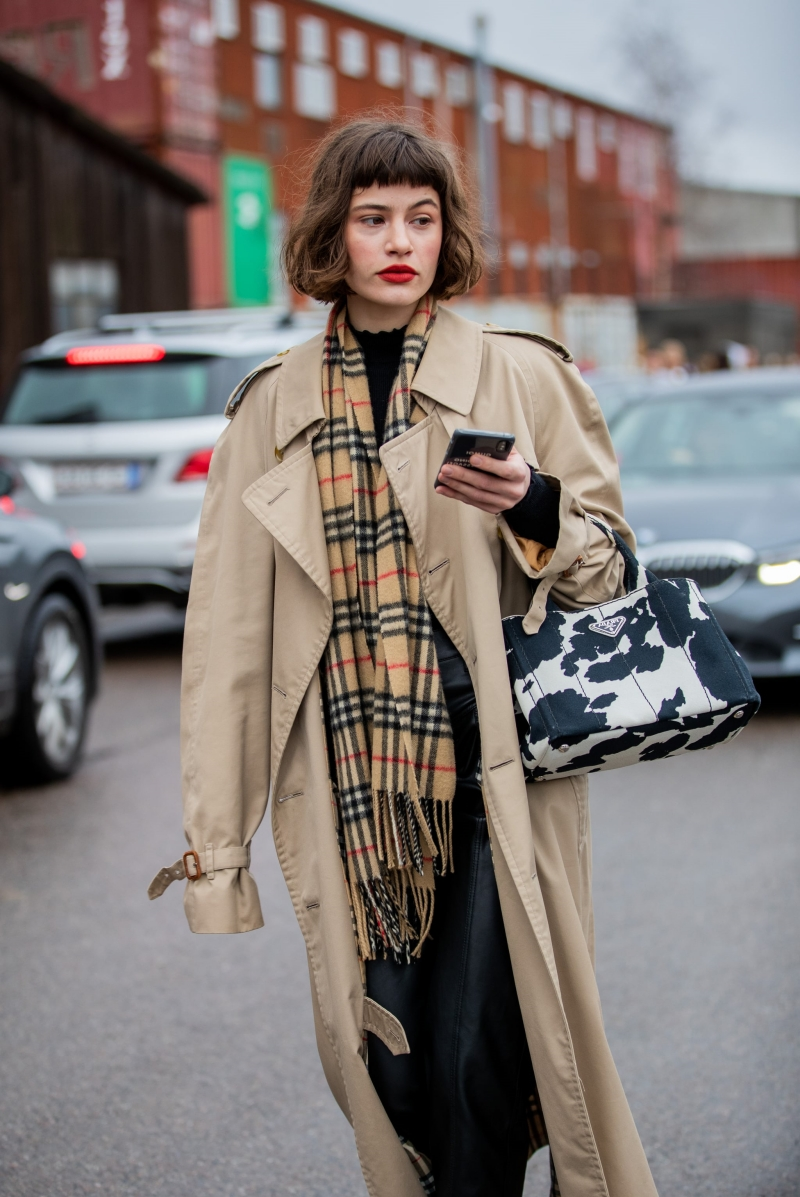 écharpe longue frange carreaux tenue automne femme 2021