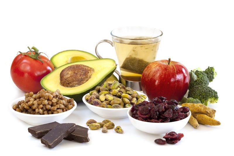 bienfait chocolat noir roche en antioxydants canneberges noix pommes avocat et autres