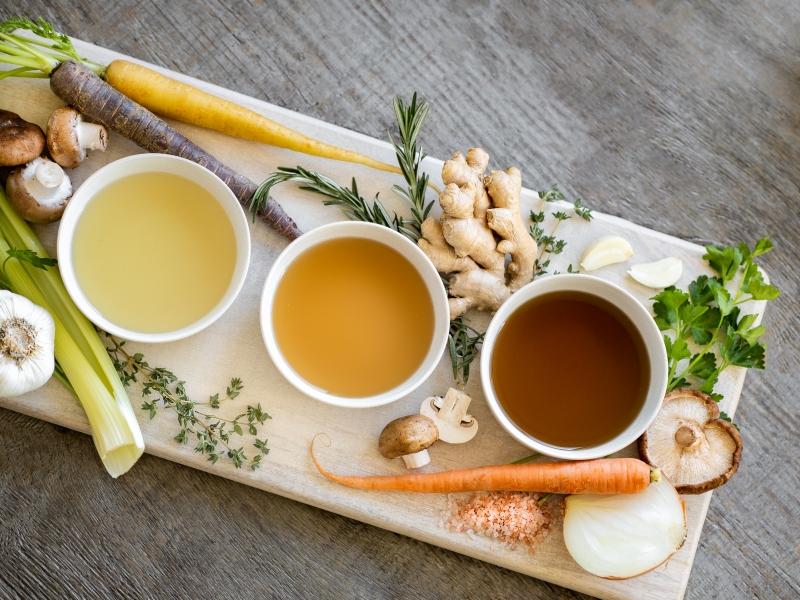 boire bouillon végétale légumes carrotte oignon champignons
