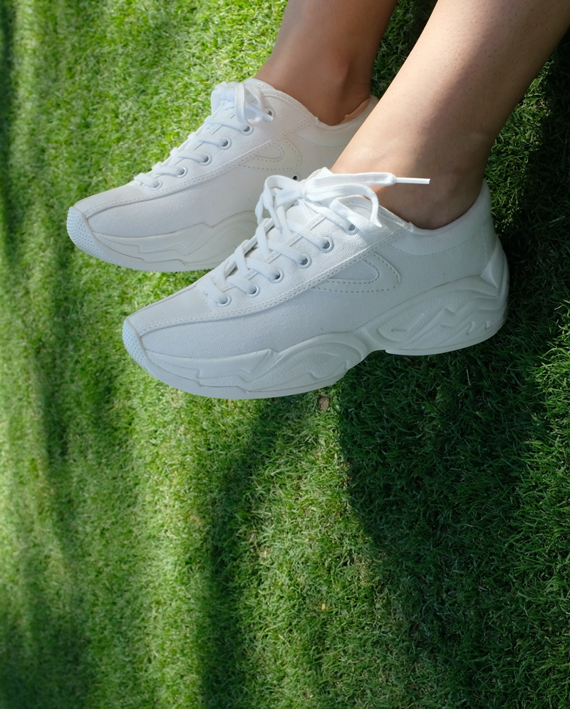 comment nettoyer des baskets blanches astuces simples
