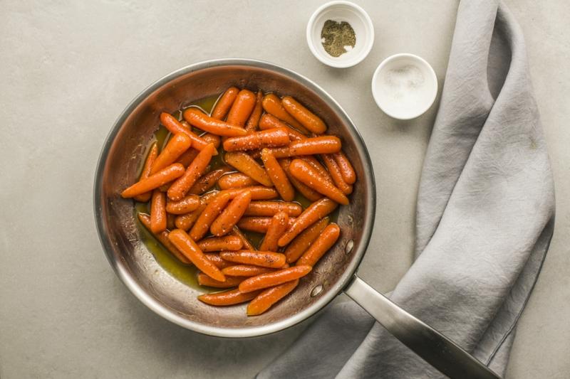 congeler des carottes petites carottes cuites à poêle