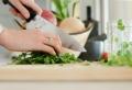Comment équiper une cuisine moderne – matériels essentiels mais souvent oubliés