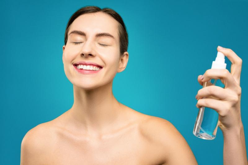 huile de ricin bio pressée à froid vaporiser huile de ricin sur le visage