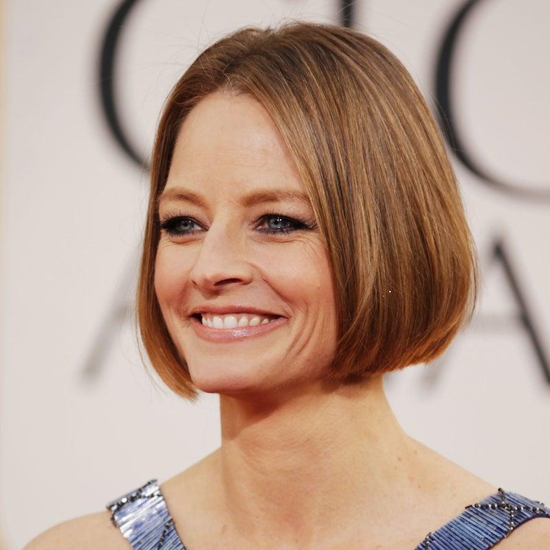 les coupe de cheveux qui rajeunissent exemple de carré court lisse cheveux blond foncé