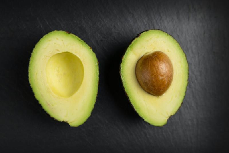 que faire avec un avocat comment préparer du guacamole avec un avocat