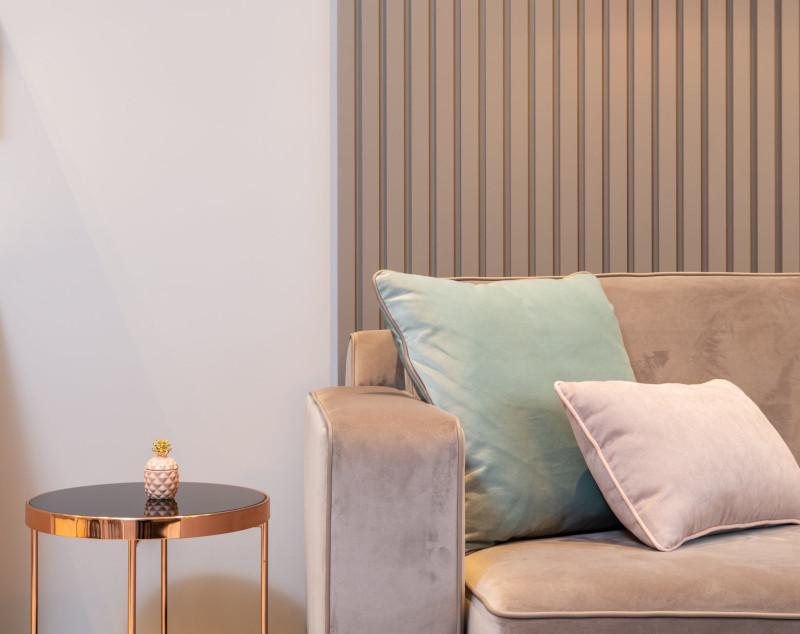 renovation appartement prix m2 un salon moderne et aux lignes épurées