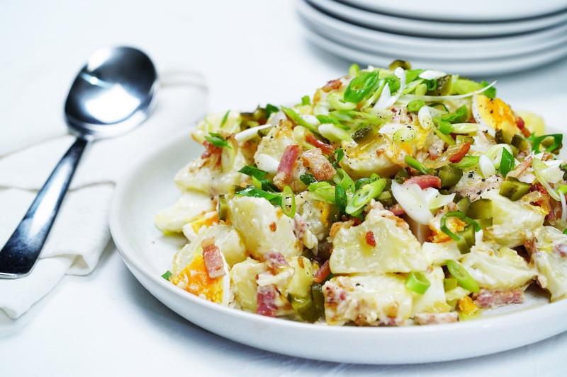 sauce pomme de terre salade aux oeufs bacon oignon nouveau mayonnaise