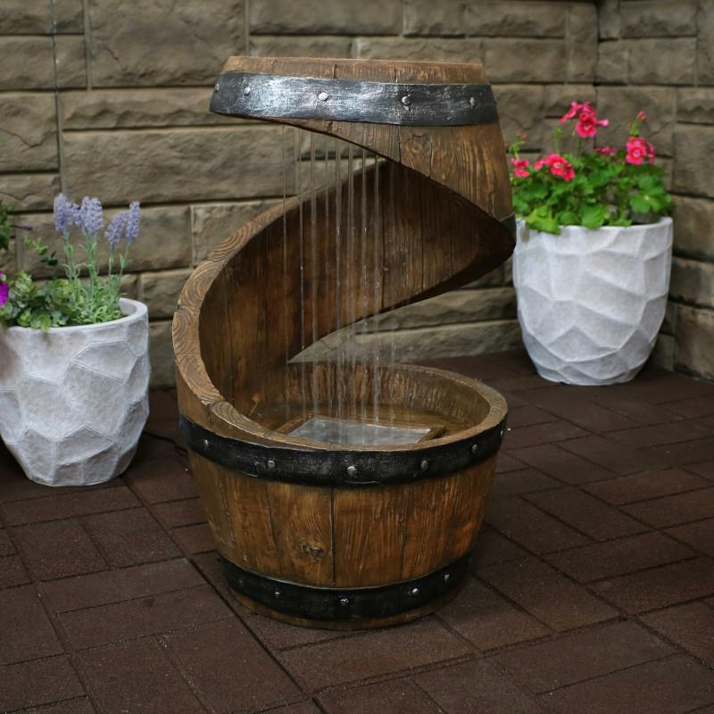 tonneau deco maison originale fontaine a la maison deco d extérieur pots de fleurs