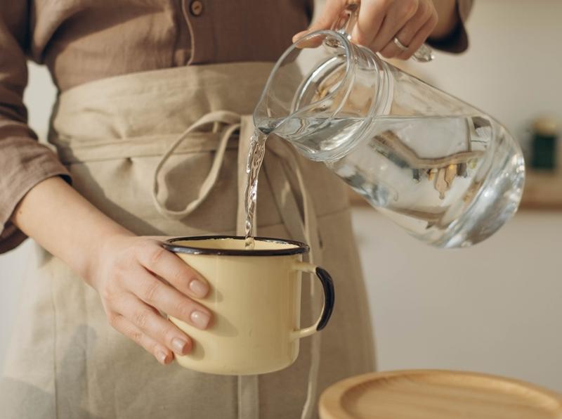 utilisation eau distillée pour nettoyer ecran tv led