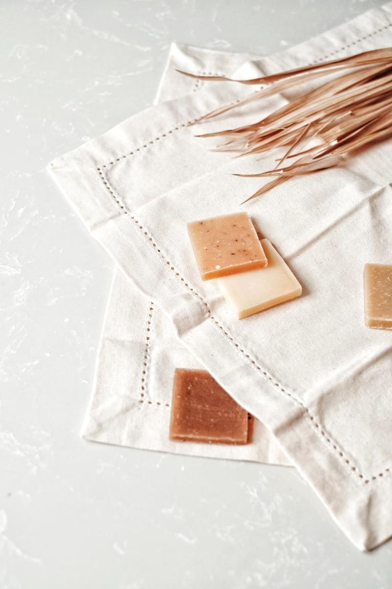 faire sa lessive maison a partir de savon de marseille bicarbonate de soude vinaigre blanc