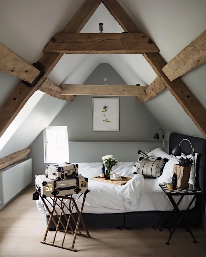 idée deco chambre adulte peinture grise lit cadre noir mat
