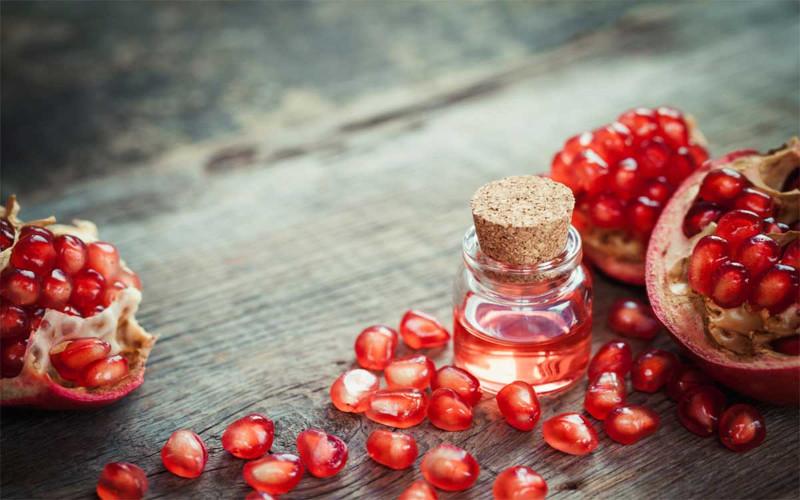 jus de grenade bienfaits peau effets anti vieillissement et contre l acné propriétés antibactériennes