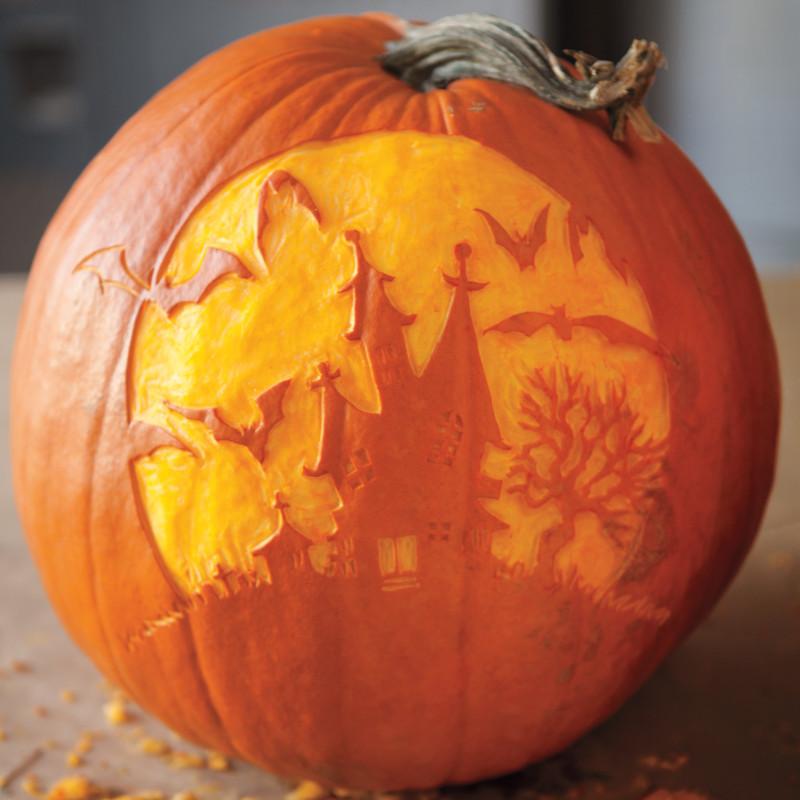 modele de citrouille pour halloween une maison effrayante des chauves souris arbre effeuillé