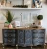 relooker meuble commode peinte au style vintage peinture sombre dessus clair